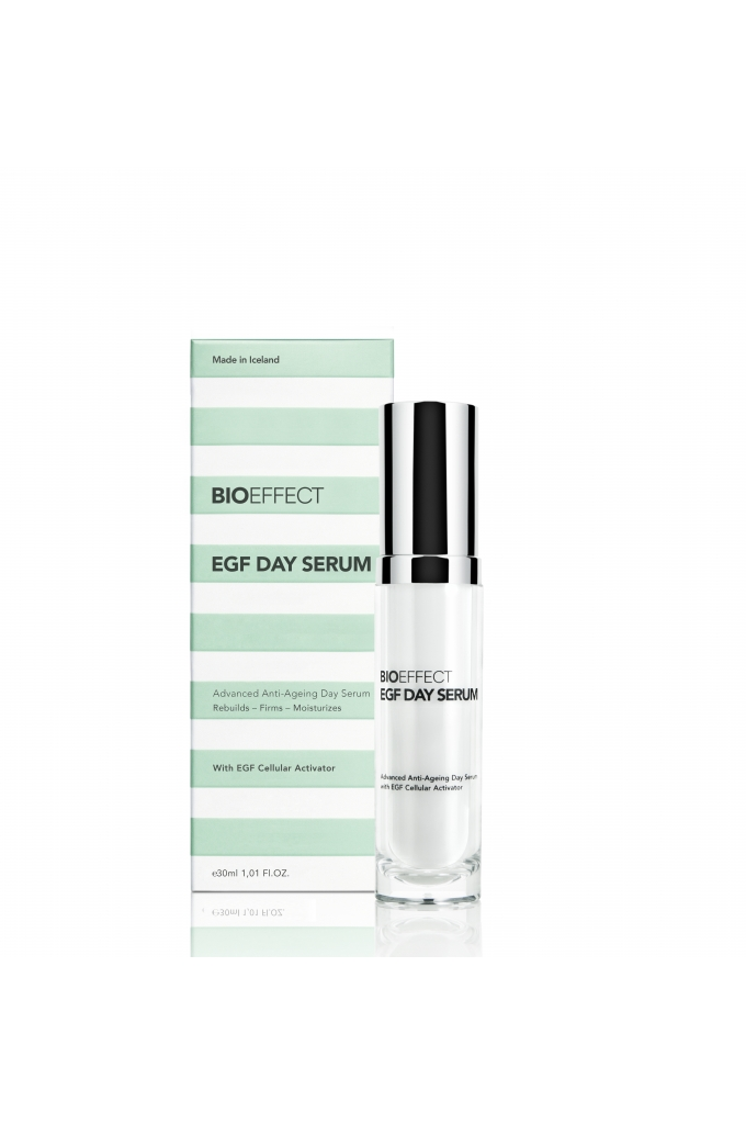 5694230071753 BIOEFFECT EGF DAY SERUM_bottle and box.jpg